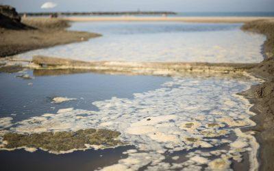 La contaminacion del agua, tipos, causas y fuentes.